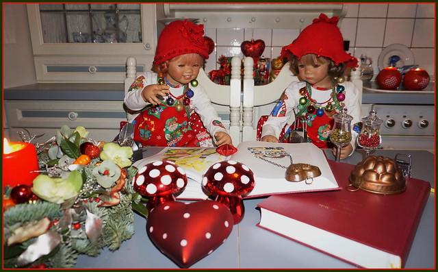 💖🍩🎄🍪💖🍫♥🍫💖🍪🎄🍩💖 Sanrike und Milina in der Weihnachtsbackstube ...