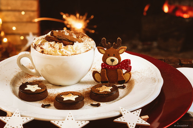 Hot Christmas Chocolat - chocolat cookies and drink hot Cup of chocolate
