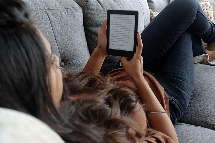Reading on Rakuten Kobo Nia