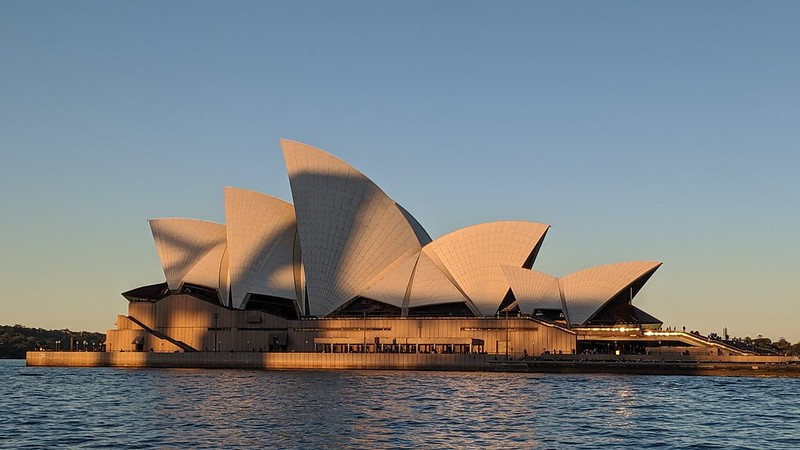 Sydney Opera House, sunet colours