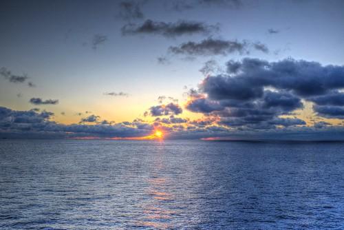 18-12-2020 (on 'KITAKAMI') early morning on ocean..  (16)