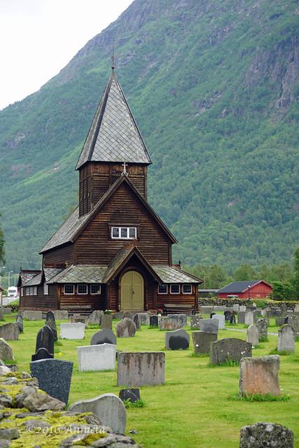 Røldal staafkerk