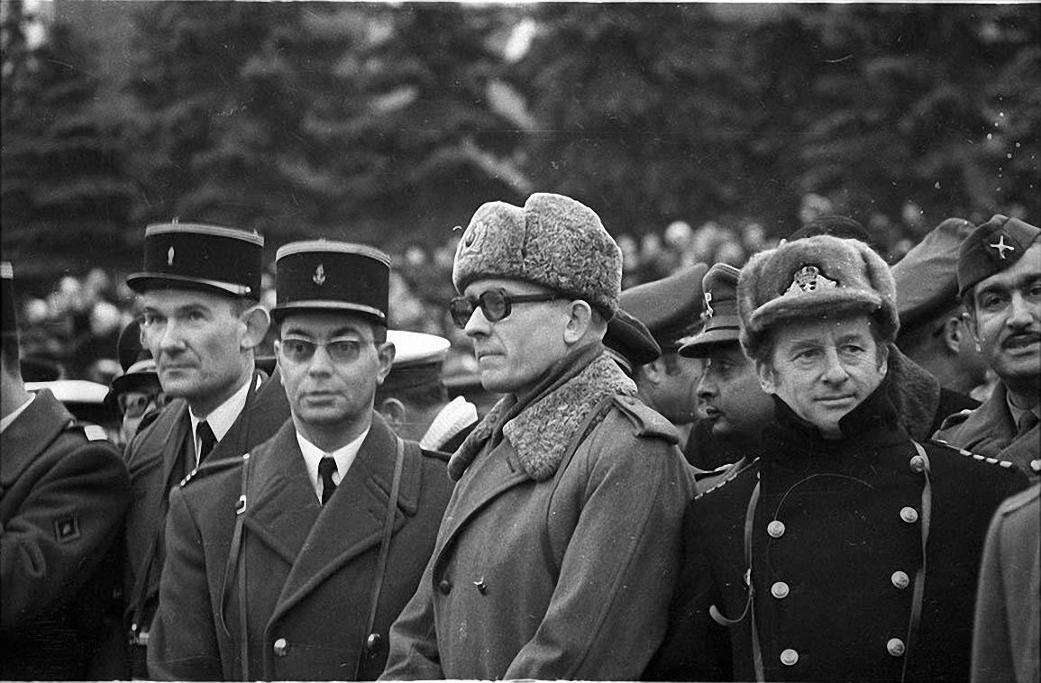 1970-е. Военные атташе. Красная площадь1