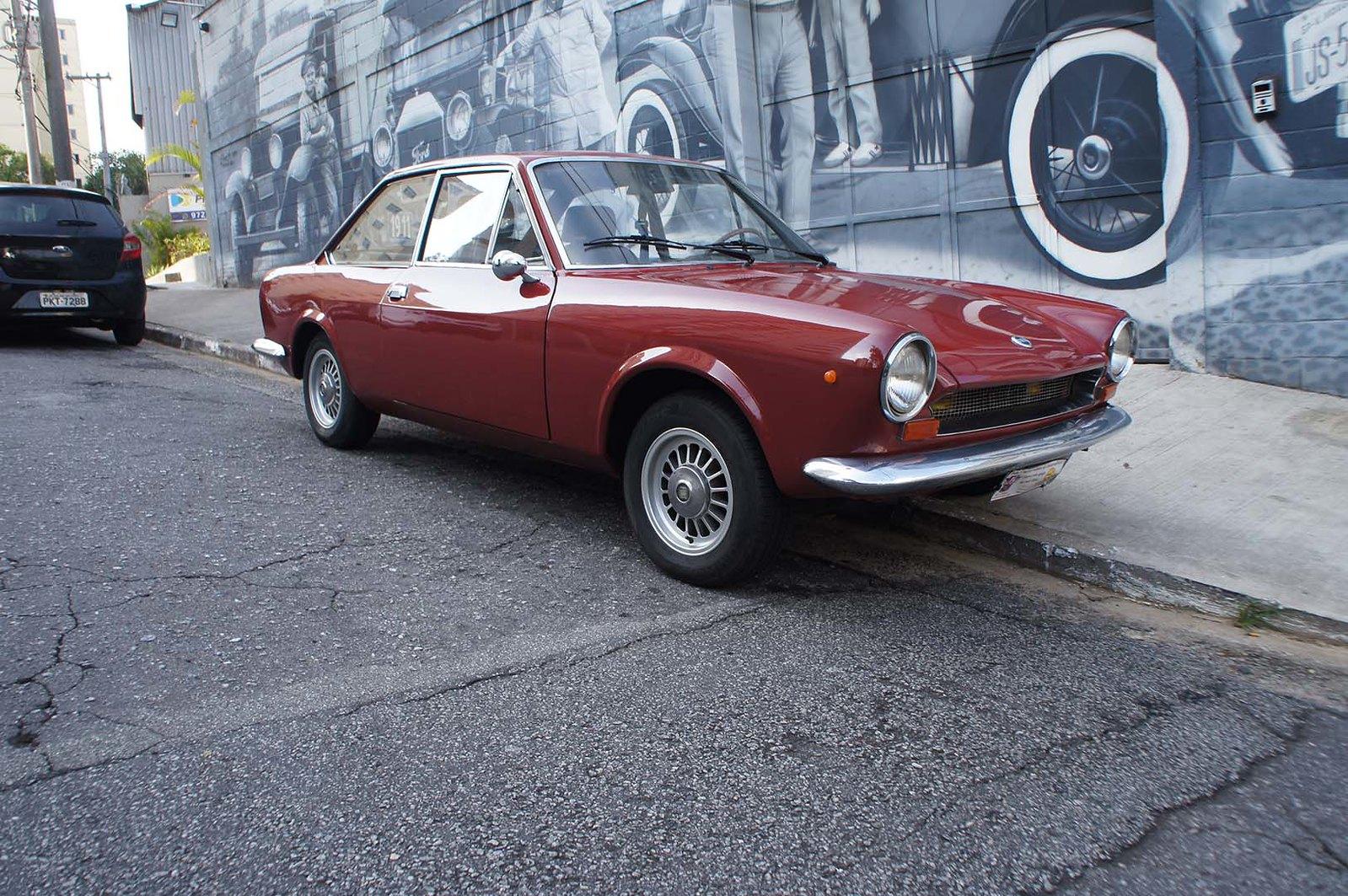 Fiat 1968 124 Coupe Vinho