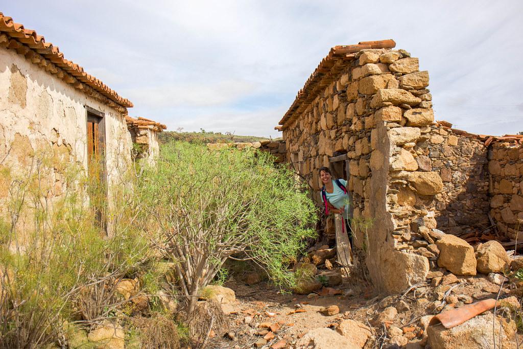 Casas abandonadas en el caserío de Tamaide