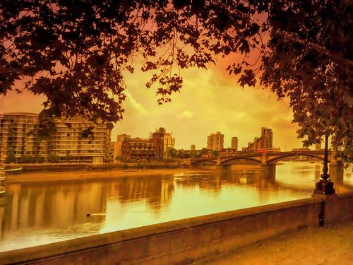 thames river sunset london