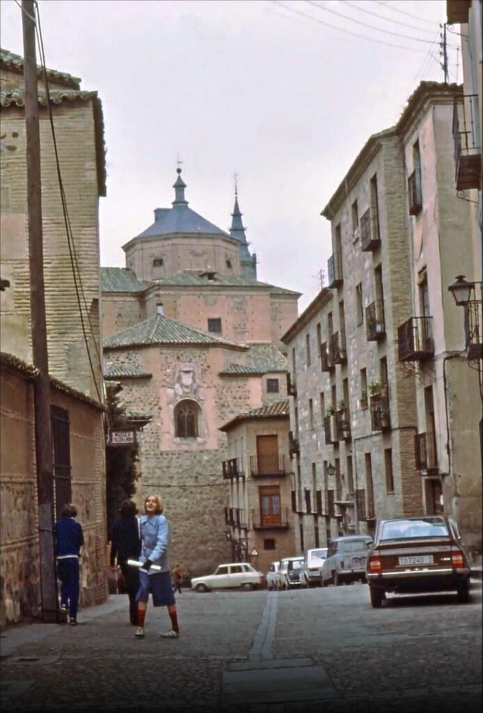 Calle Taller del Moro en Toledo el 30 de diciembre de 1977. Fotografía de Peter Laurence