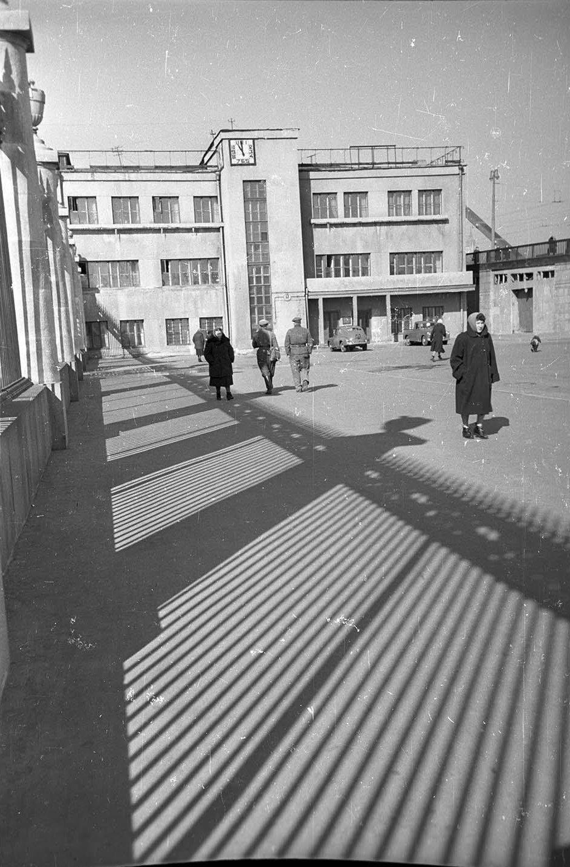 1950-е. Главный вход в ЦПКиО им. Горького