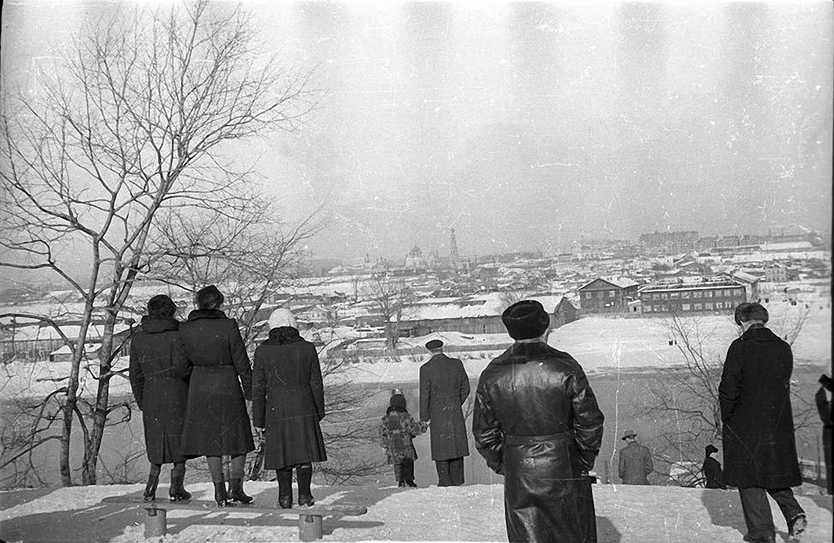 1950-е. Вид на Лужники. Воробьевы горы