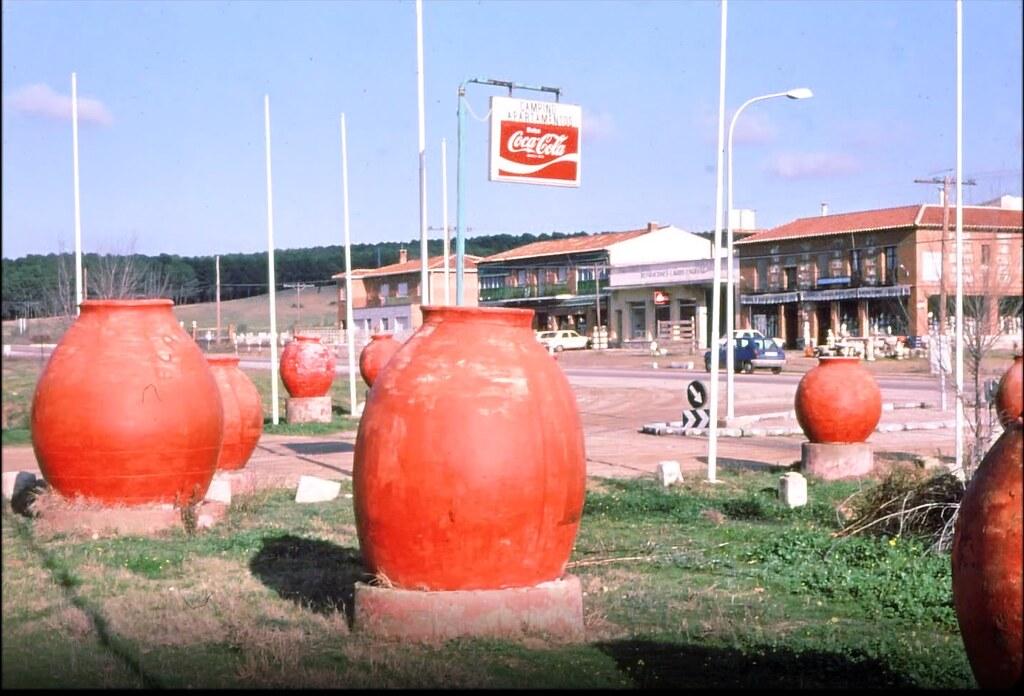 Carretera de Madrid muy cerca de Toledo el 30 de diciembre de 1977. Fotografía de Peter Laurence