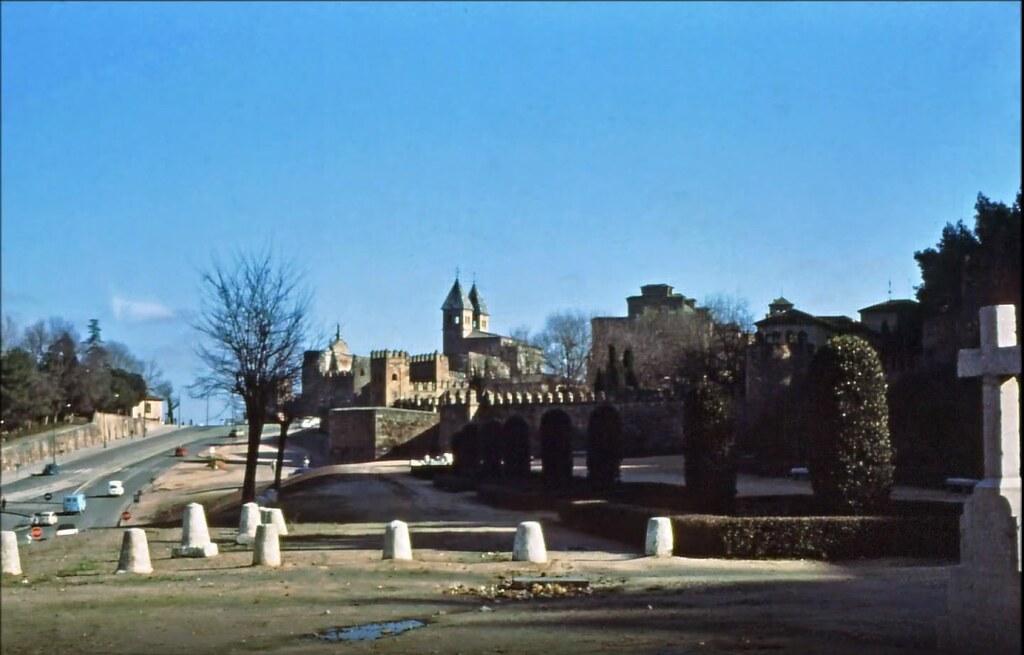 Paseo de Recaredo  en Toledo el 30 de diciembre de 1977. Fotografía de Peter Laurence