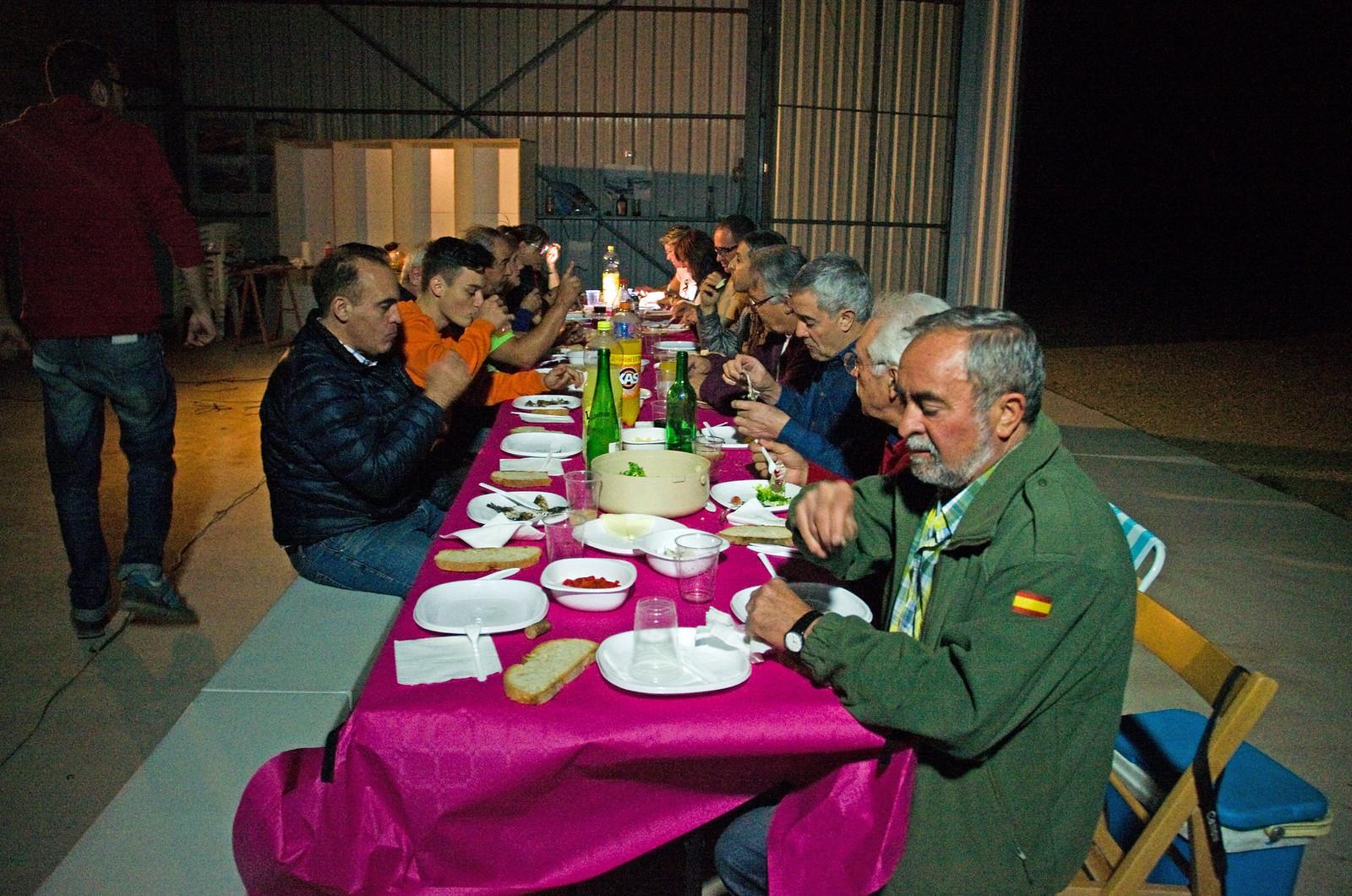 Cena Club Aerodromo Astorga Kitfox  hangar noche (46)
