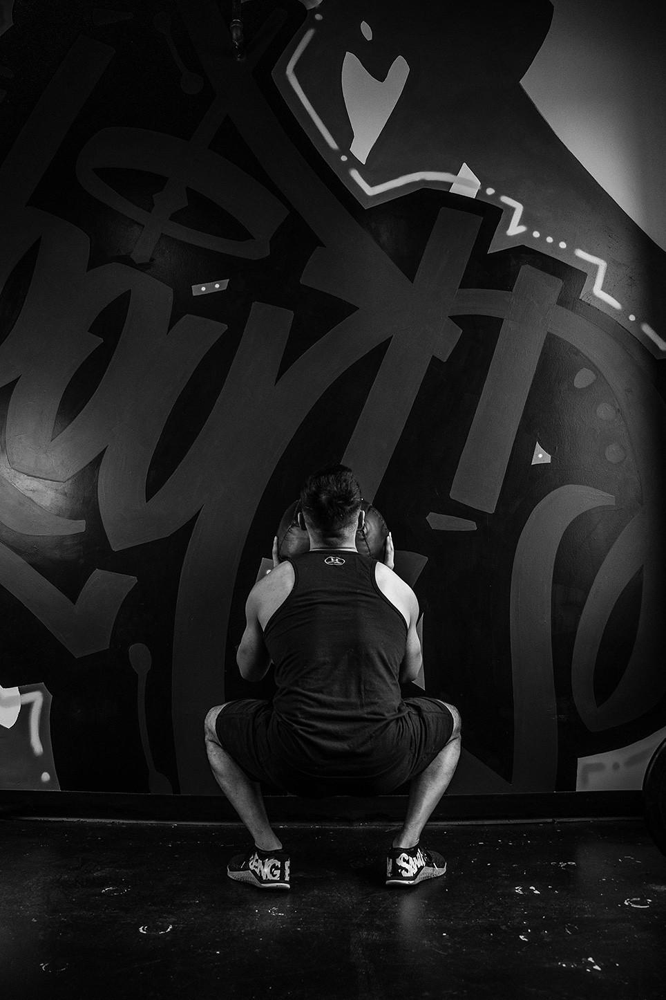 Eric Zeng down lifting
