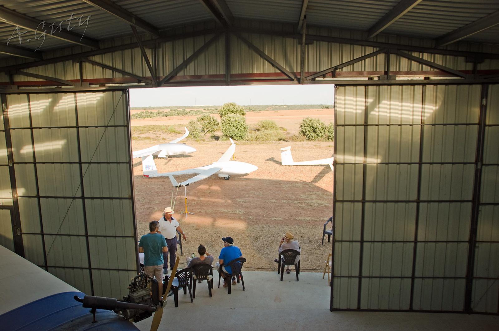 Visita MOTOVELEROS Aerodromo de Astorga 16-7-17  (11)