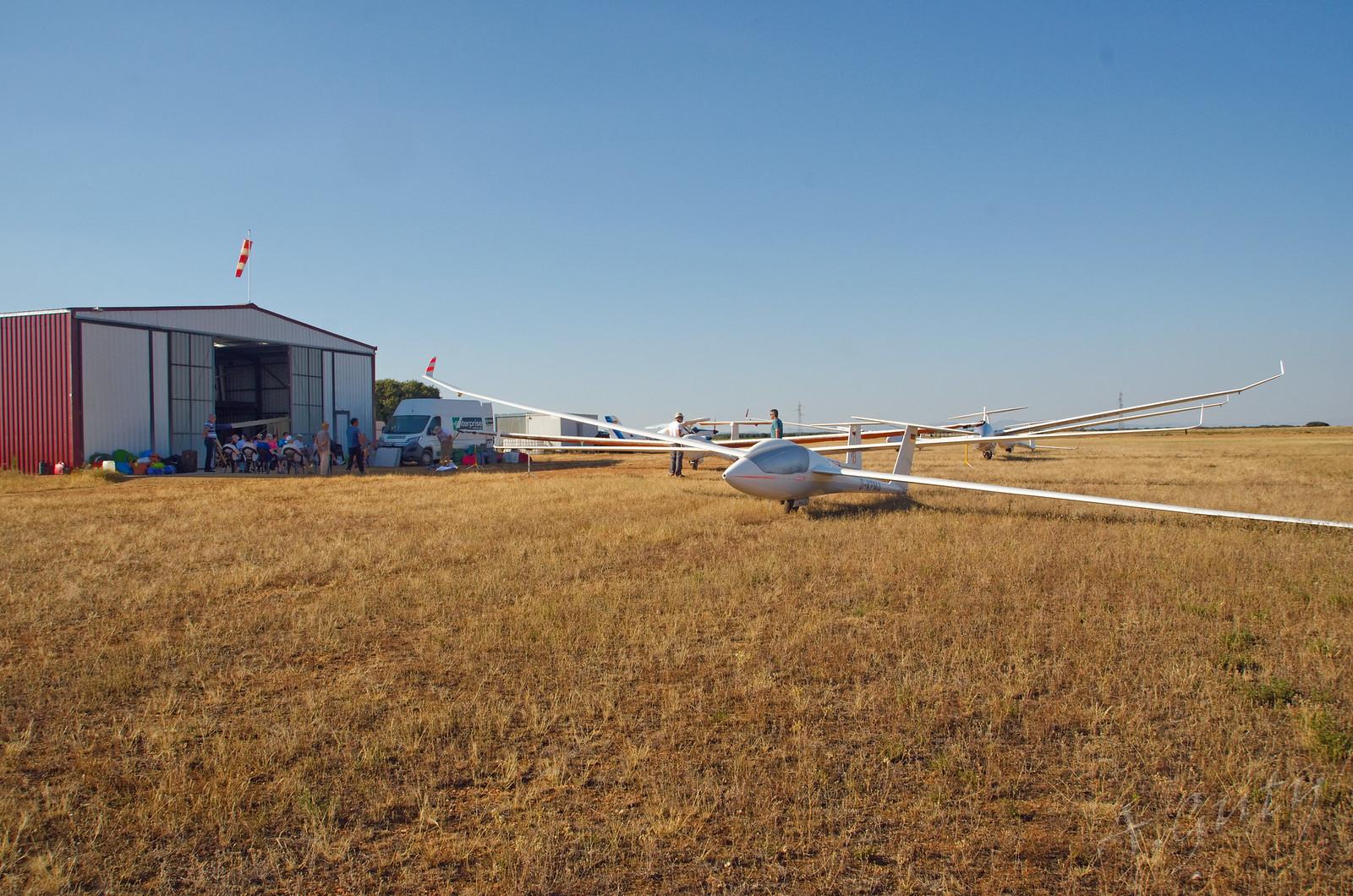 Visita MOTOVELEROS Aerodromo de Astorga 16-7-17  (7)