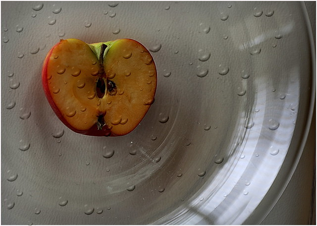 Cut Apple and Waterdrops (2)