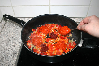 19 - Add ajvar / Ajvar addieren