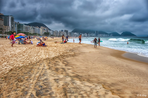 landscape composition flickr photography nature outside outdoor scenery travel travelphotography fujifilm mirrorless lemabeach beach gloomy riodejaneiro brazil cloud