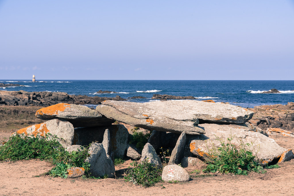 Dolmen de la Planche-à-Puare - Île d'Yeu (Vendée, France)