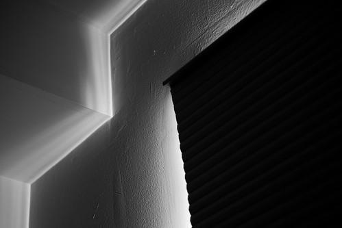 light shadow window contrast monochrome blackandwhite blackwhite fuji fujifilm xt3 primelens abstract morninglight viewfrombed