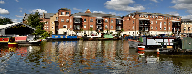 WORCESTER CANAL REFLECTIONS