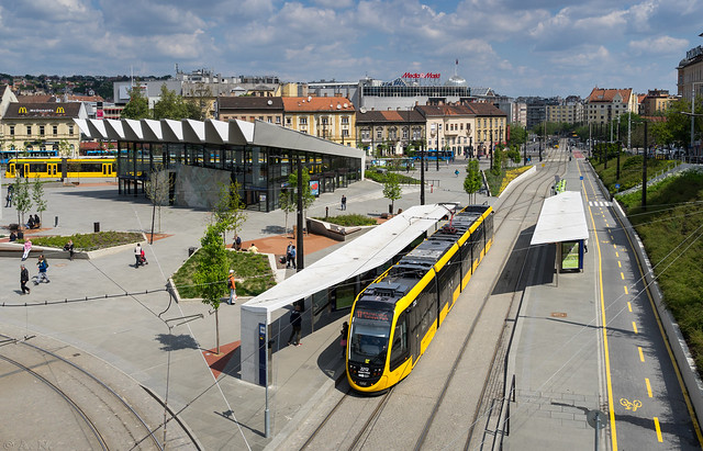 Budapest tramway: CAF Urbos # 2212