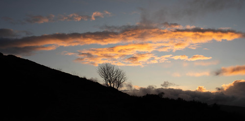 taponoth sunset sunrise rhynie aberdeenshire scotland landscape silhouette pano panorama