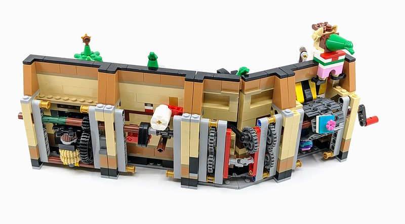 LEGO 2020 Holiday Gift