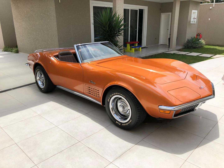 Corvette 1972 Conversivel Dourada