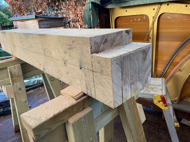Front short post haunched tenon - 1