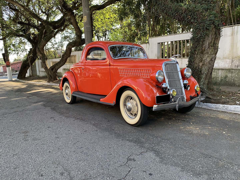 Ford 1935 Coupe Vermelho
