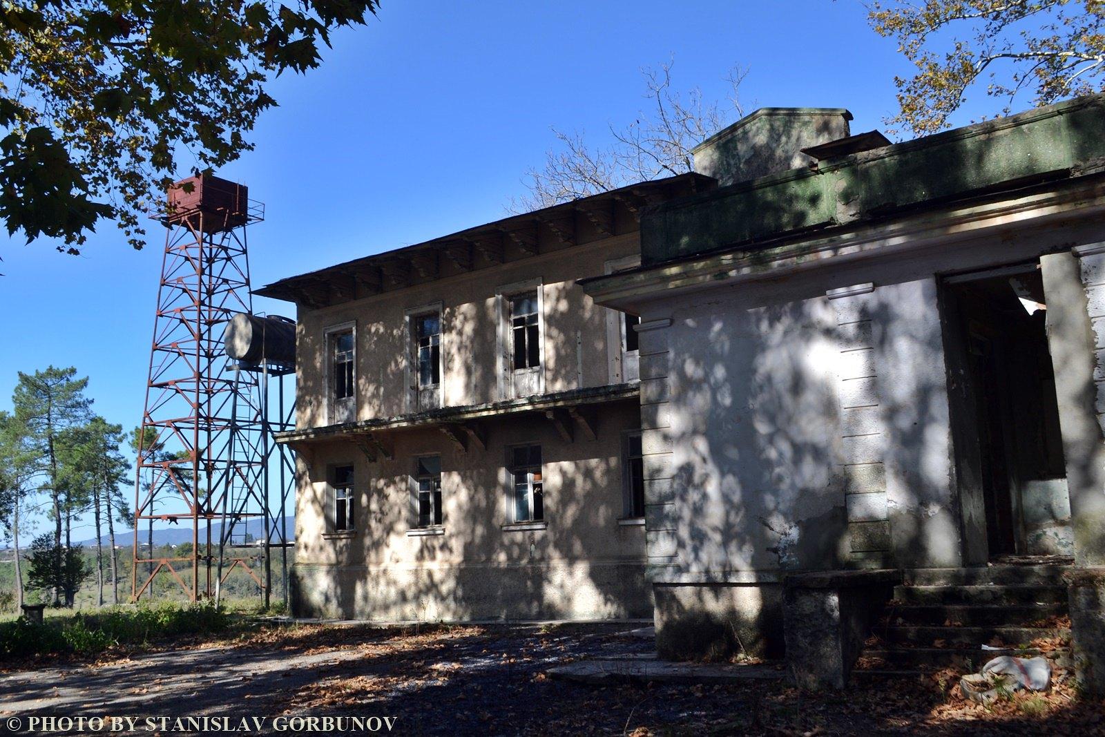 Разруха и забвение. Дача Сталина в грузинском Цхалтубо. stalin11