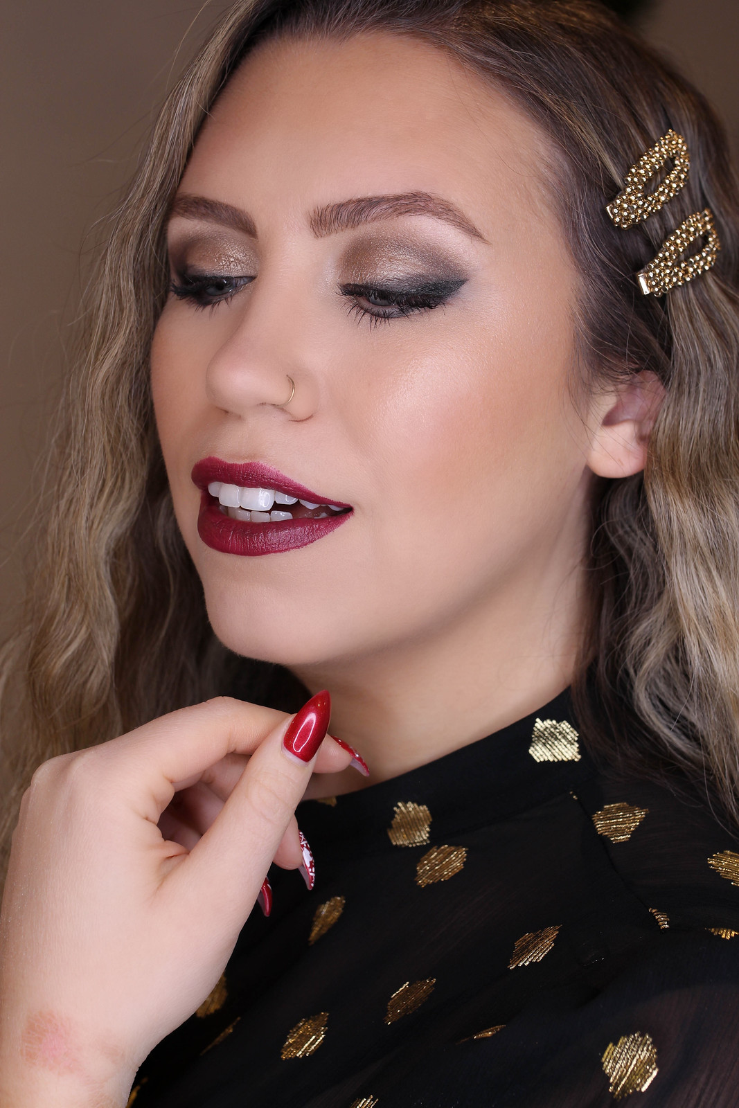 Holiday Makeup Monday Tutorial: Smokey Cat Eye | Smudged Lived In Makeup Look | Christmas Makeup Looks