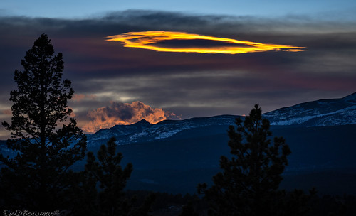 lenticularcloud sunset goldhill mountneva continentaldivide indianpeaks colorado