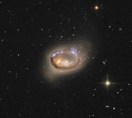 SDSS-1237659936978568047