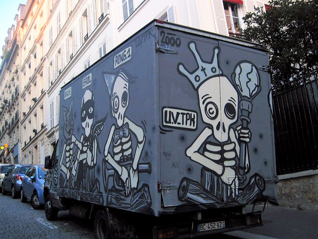 Street art on truck by Mygalo, Paris 18th