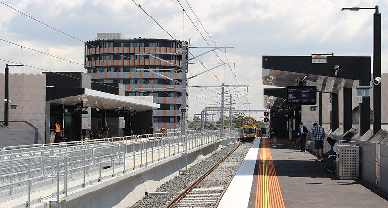 Coburg station platforms