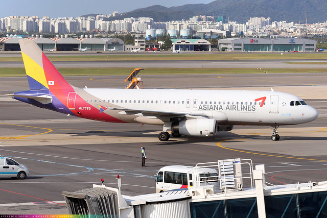 HL7769  -  Airbus A320-232  -  Asiana Airlines  -  GMP/RKSS 6/10/19