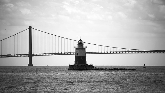 Verrazzano Bridge in black and white