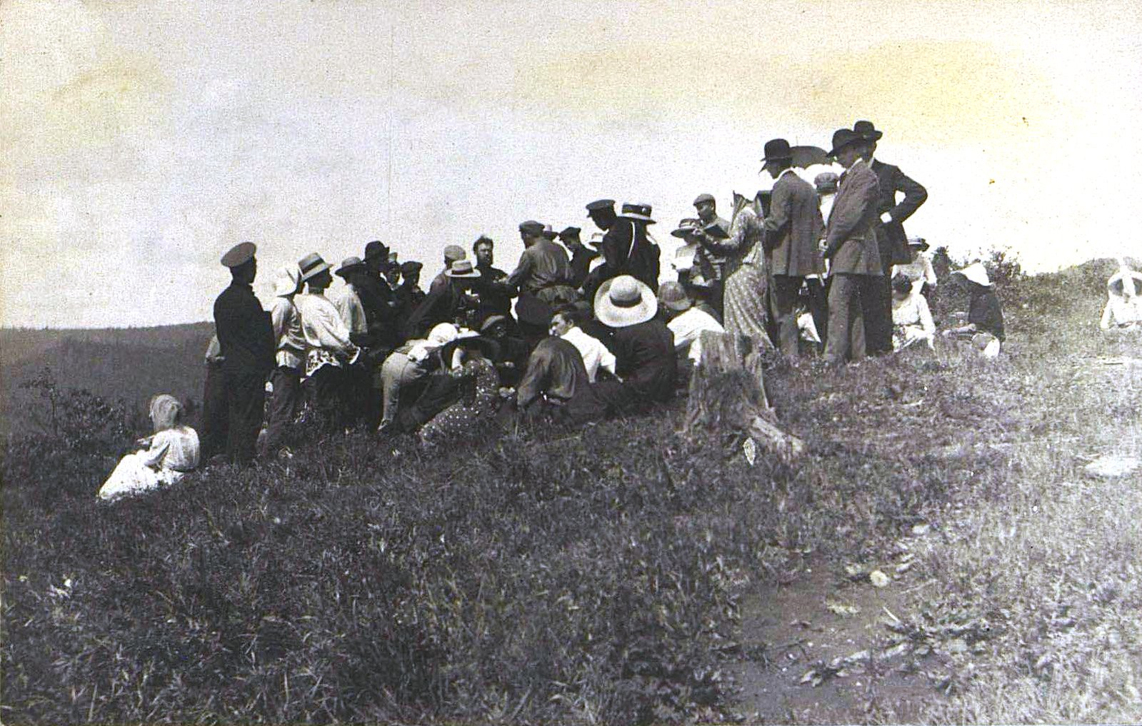 10. Лекция Яхонтова по ботанике в Байкальских горах