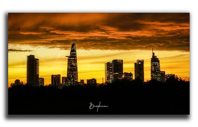 Sunset Sai Gon