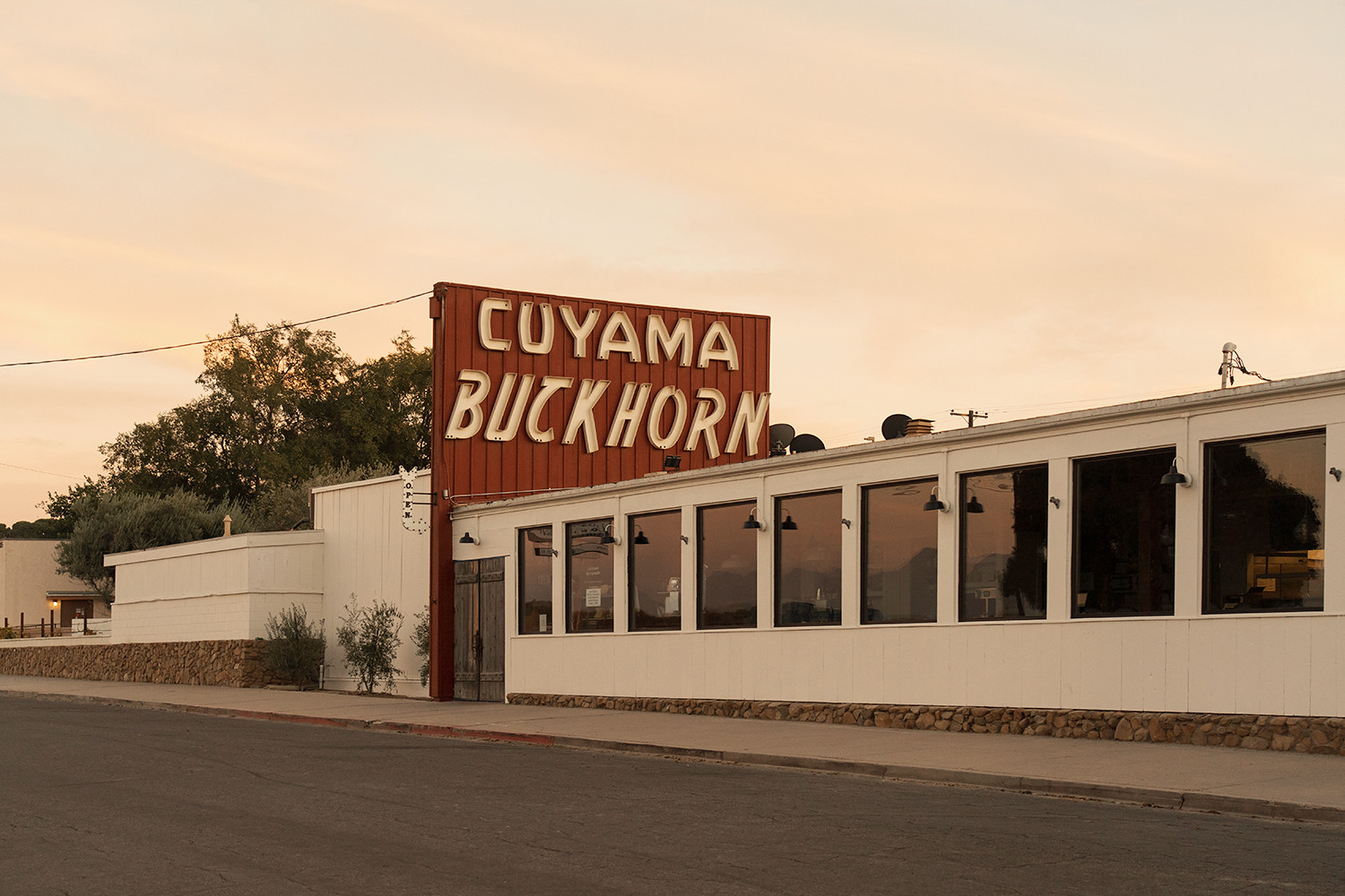 01newcuyama-california-roadtrip-travel