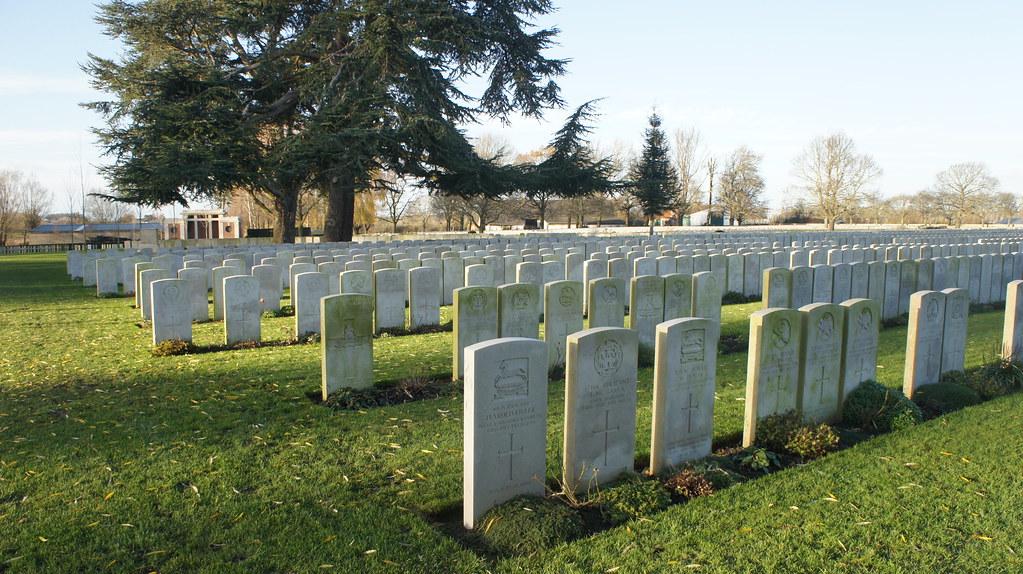 Tumbas de fallecidos entre 1914 y 1919