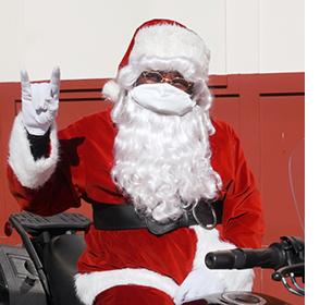 Santa visits UT Elementary