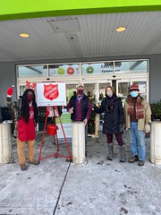 Rep. Cheeseman and Sen. Formica hosted a Salvation Army Bell Ringing in East Lyme to help those in need.