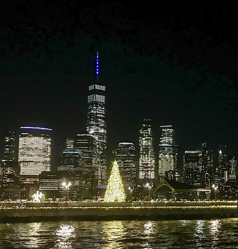 Covid-19 Holiday season 2020 on Jersey City waterfront