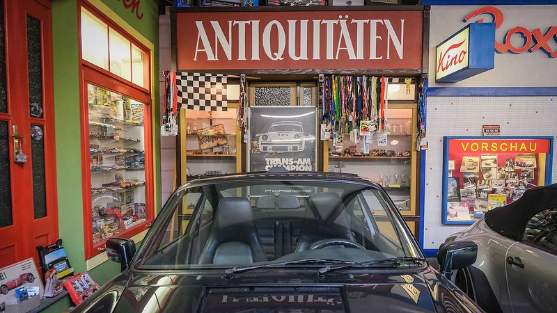 80-year-old-buys-80th-porsche (3)