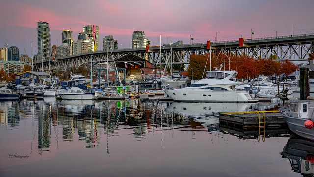 Granville Bridge -  False Creek - Vancouver, BC