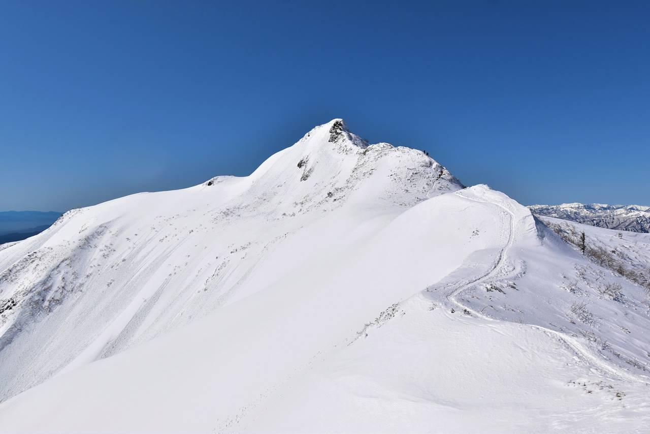 冬の上州武尊山・剣ヶ峰 雪山登山