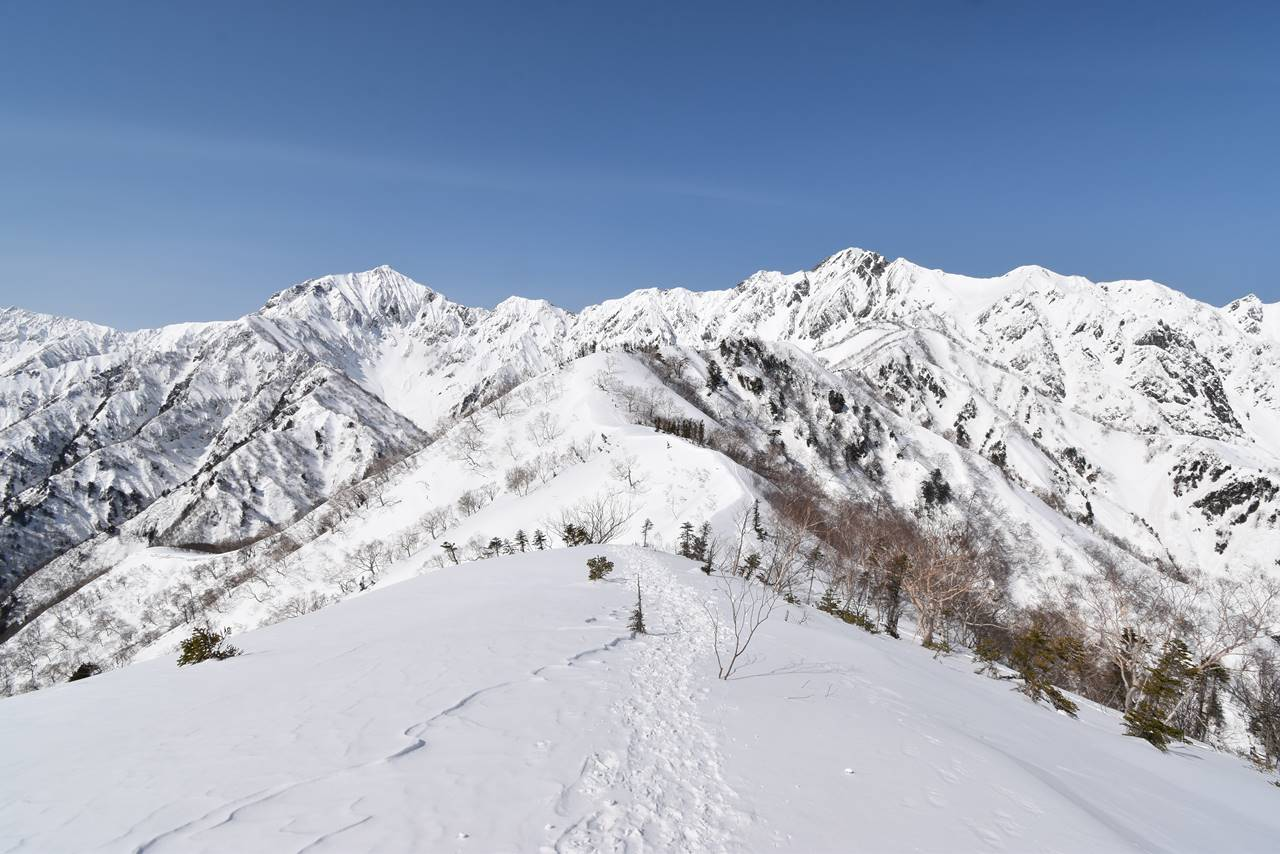 冬の北アルプス・小遠見山 雪山登山